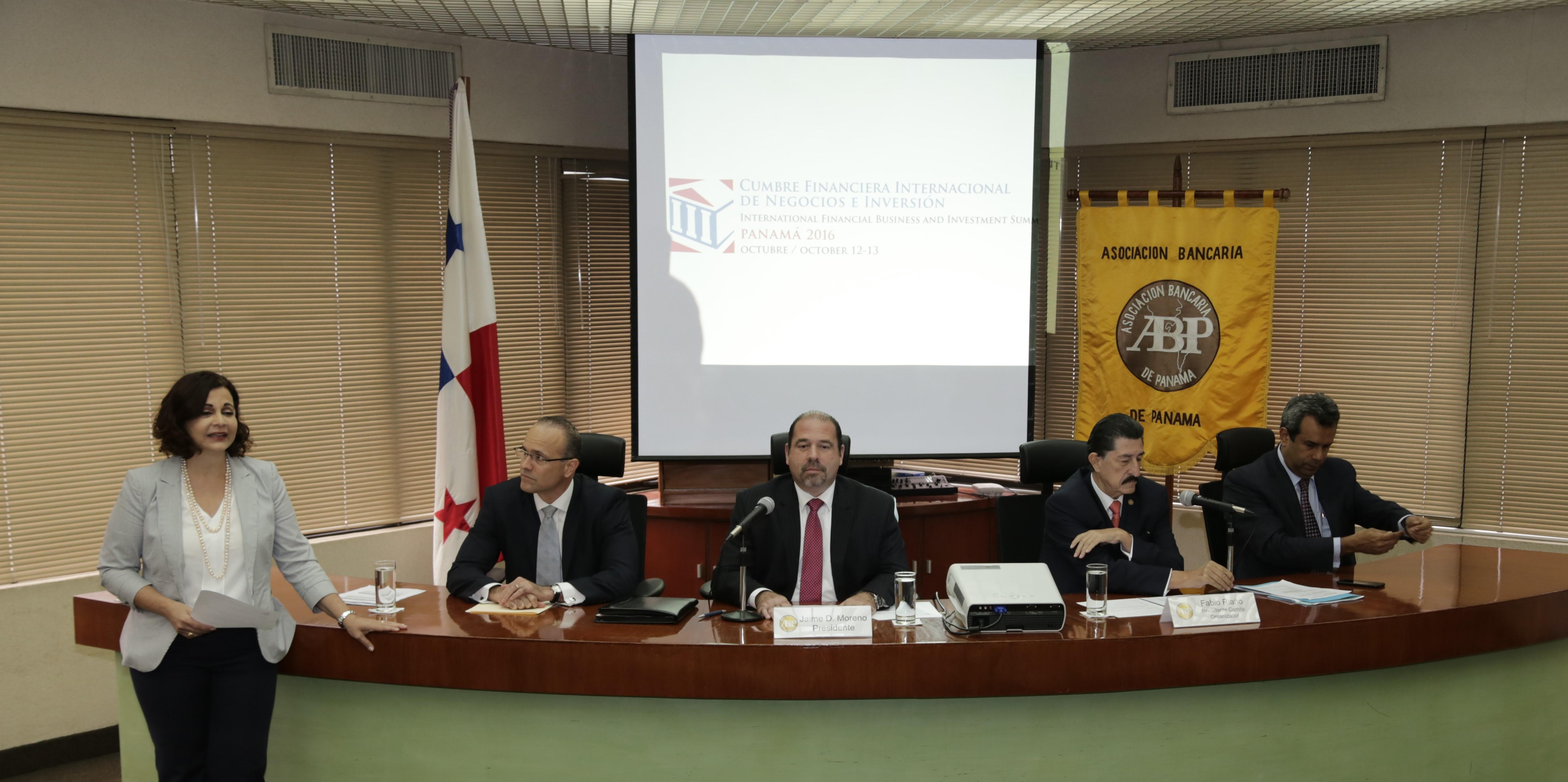 Cumbre Financiera Internacional de Negocios e Inversión en Panamá