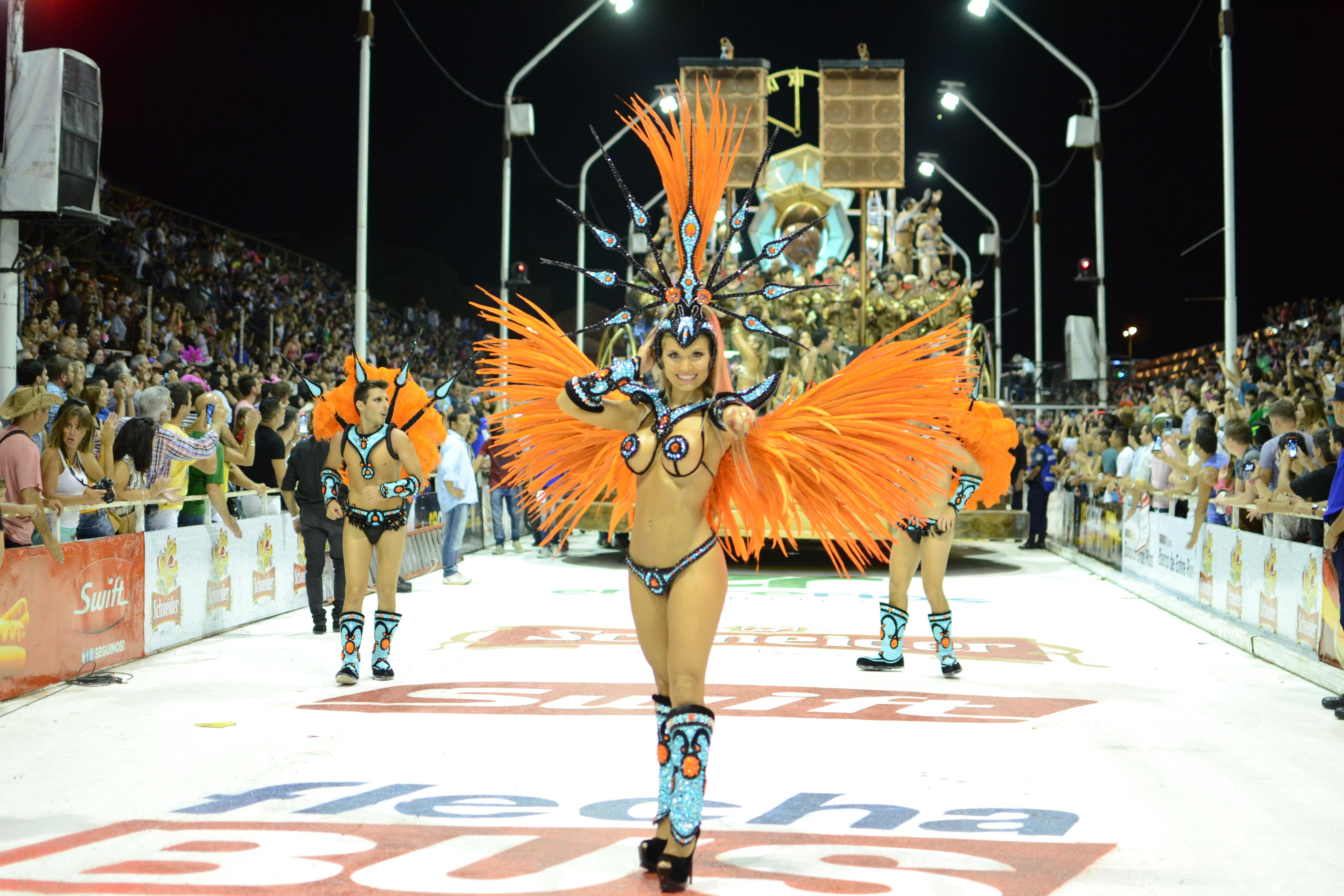 Argentina: Se inauguró el Carnaval del País en Gualeguaychú