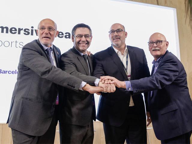 Carlos Grau, Josep Maria Bartomeu, Emilio Gayo y John Hoffman.